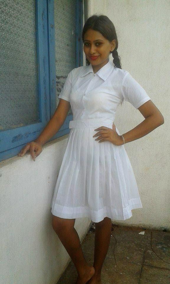Piumi Hansamali school