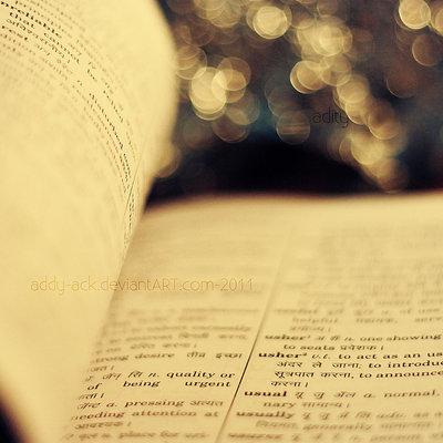 Mơ thấy vở của mình đầy chữ