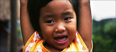 http://www.experienciatao.com/voluntariado/nios/profesor-voluntario-tailandia.php