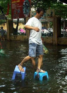 Como caminhar no diluvio