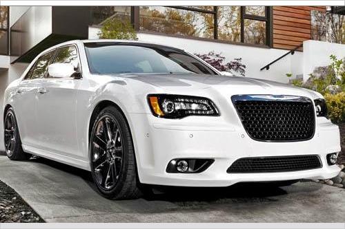2013 chrysler 300 srt8 versatile. Cars Review. Best American Auto & Cars Review