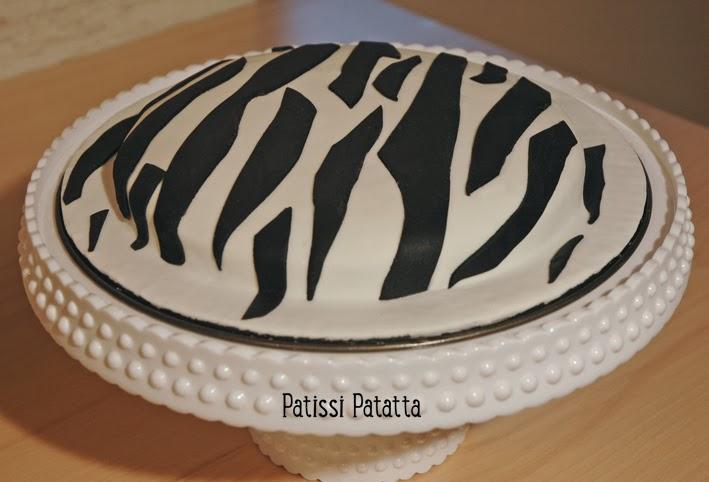 cake design, gâteau 3D, pâte à sucre, gumpaste, fondant, zebra cake