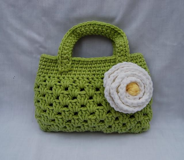 free crochet pattern alligator boutique bag