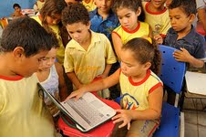 Entrega Computadores Alunos da Escola Municipal SGA