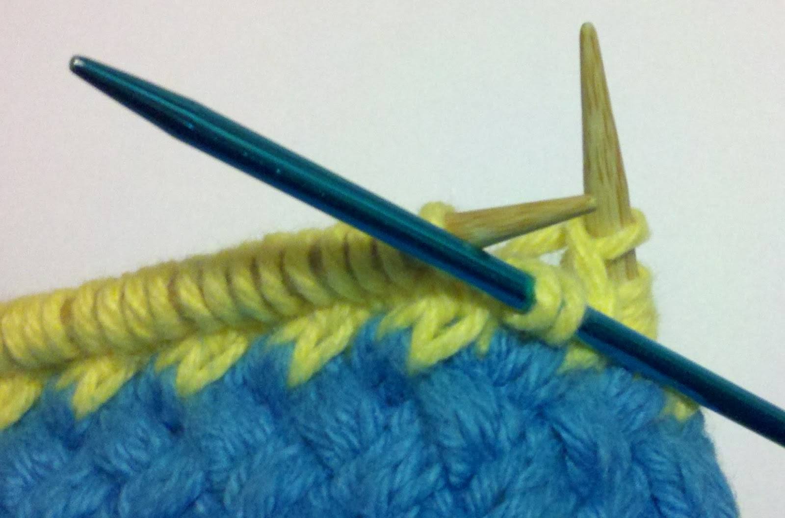 .::Craftlockian::.: Knit Woven Mug Rug Pattern