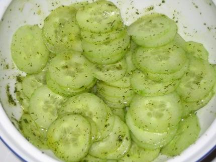 the lazy cook show cucumber salad gurkensalat. Black Bedroom Furniture Sets. Home Design Ideas