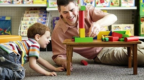 Juega con tu hijo y fija metas