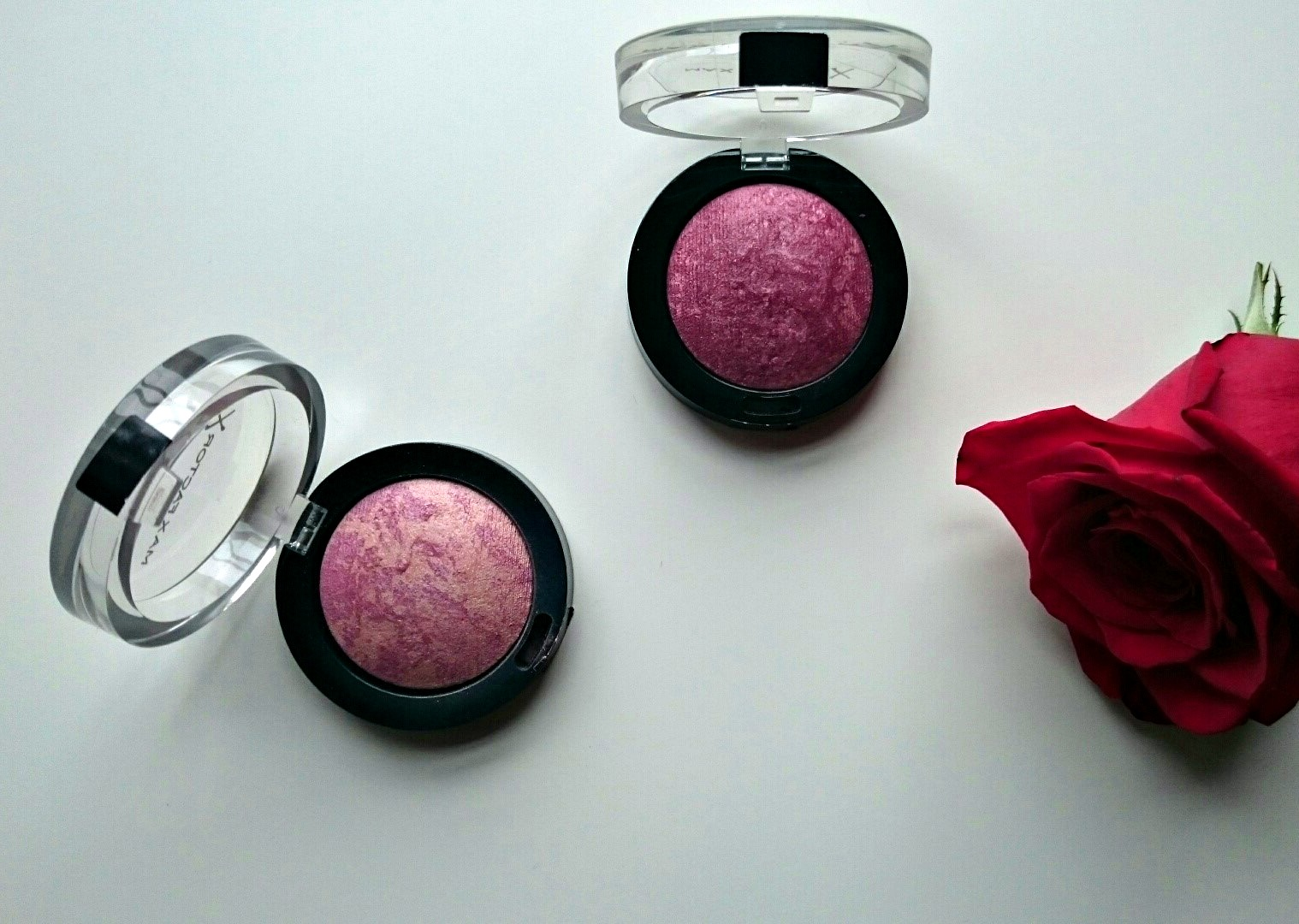 Max factor Creme Puff blush Gorgeous berries
