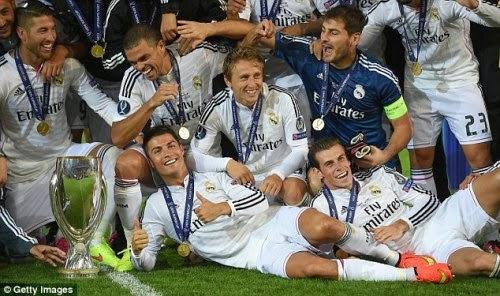 Real Madrid Julang Piala Super UEFA