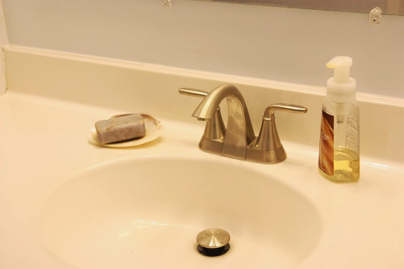 """""""pfister pasadena faucet"""""""