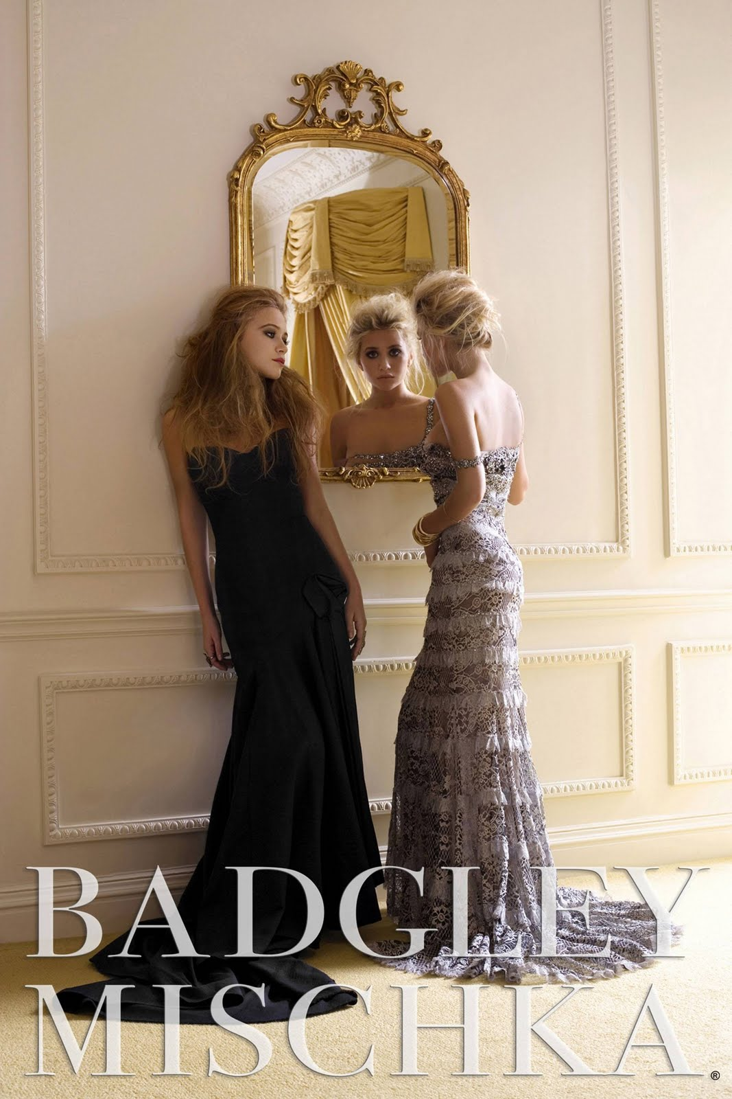 http://1.bp.blogspot.com/-_UMbx15HkpY/TdJgwkBY9qI/AAAAAAAAAQc/kfrihwJ8Ezo/s1600/mary-kate-ashley-olsen-badgley-mischka-ad-hq-01.jpg
