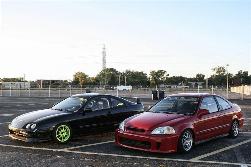 Honda Integra DC2 & Civic VI coupe, samochody z lat 90, usportowione, znane, cenione, VTEC