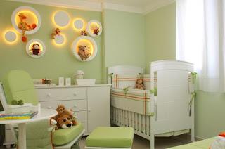 Posição do berço no quarto do bebe