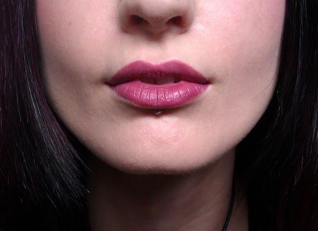 Alison Lisa Horn Subtle Blue Amp Pink Make Up Look