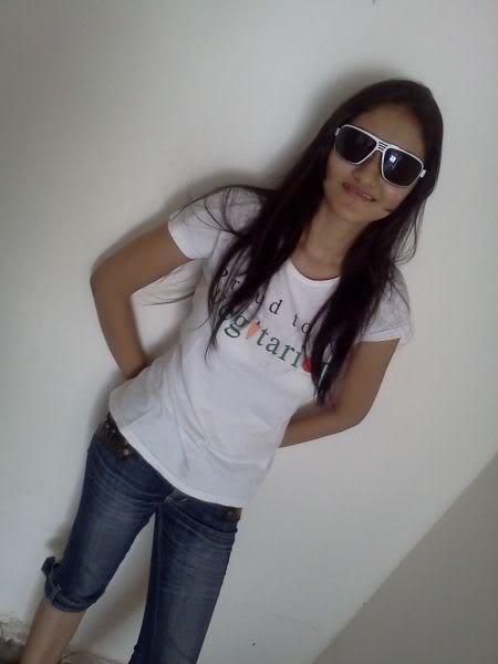 Hot Girls on FB 1 - Cute Girls