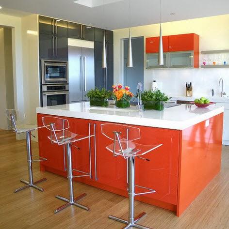 Moderna cocina e isla color anaranjado for Cocinas cuadradas modernas