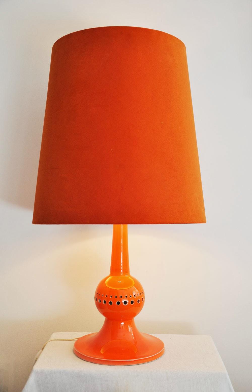 big lampe c ramique 1970 l 39 amateur eclair. Black Bedroom Furniture Sets. Home Design Ideas