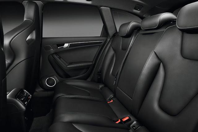2013 Audi RS4 Avant Back Seat Interior