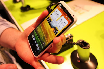 Orange enlist HTC One X One S and Sony Xperia U