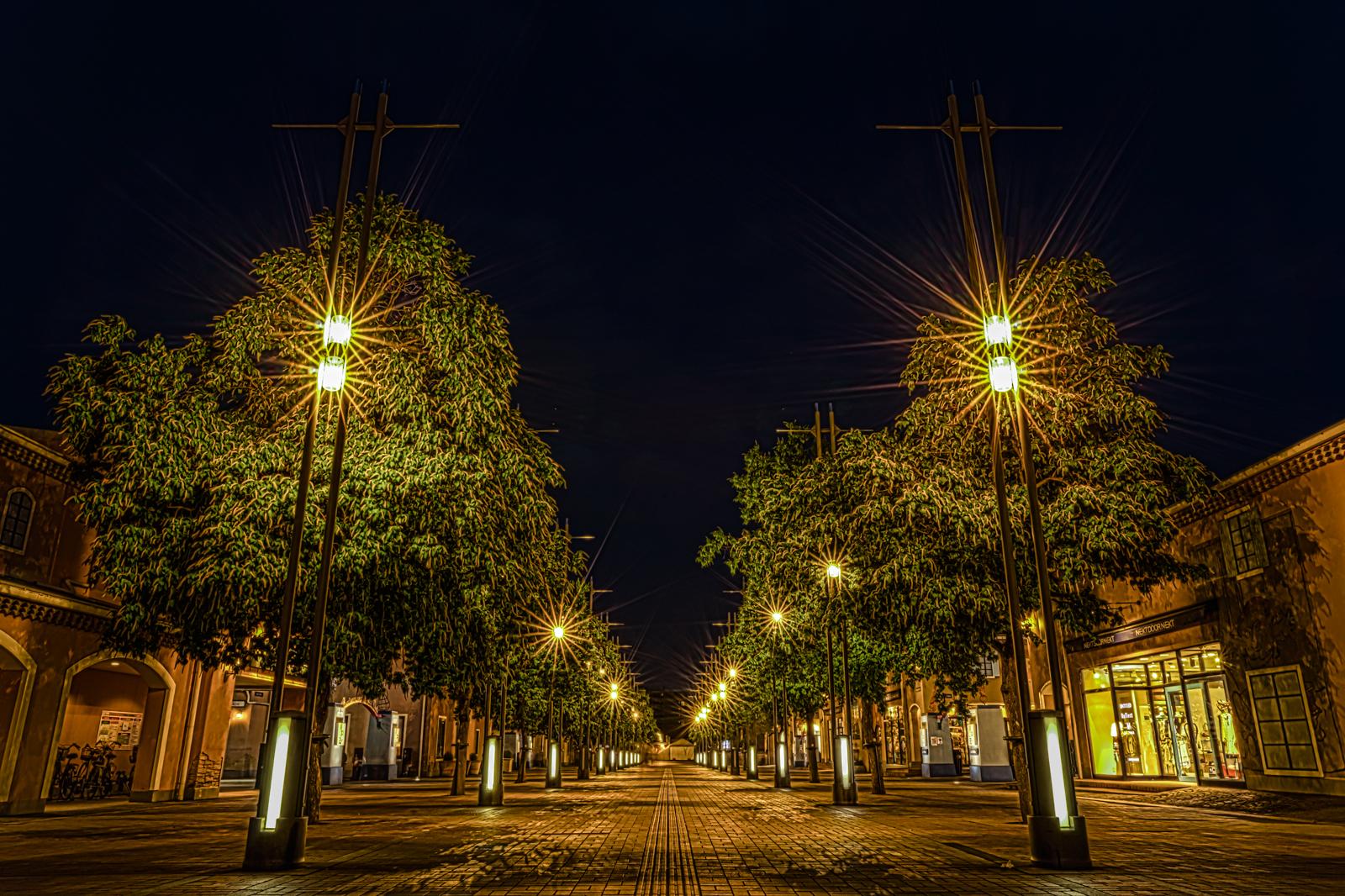 南大沢駅前の遊歩道 HDR
