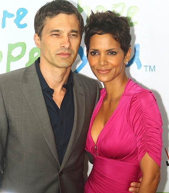 Wedding Bells For Halle Berry Olivier Martinez