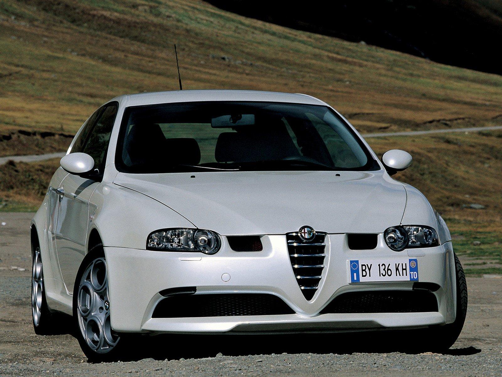 http://1.bp.blogspot.com/-_VU2egtonXA/Tnkfr7PSUSI/AAAAAAAAAB0/hJ9TBs16upc/s1600/Alfa-Romeo-147-GTA-042.jpg