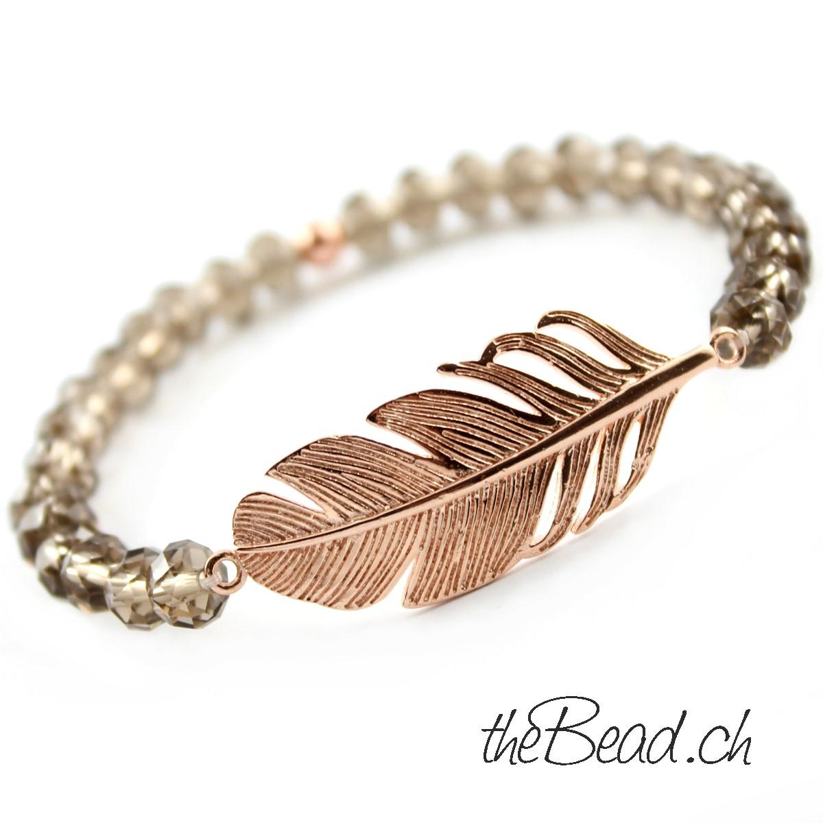 theBead schweiz Luxus Armband mit grosser Feder aus 925 Sterling Silber rosevergoldet  und facetierten Kristallperlen