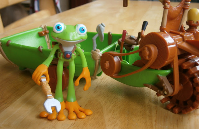 ZigZoo frog character from tree fu tom toy figure