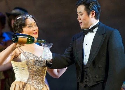 Hye-Youn Lee as Violetta, Ji-Min Park as Alfredo. Photo credit: Richard H Smith