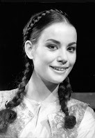 Claudine Auger Pictures2