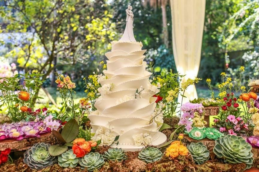 Fotos De Arranjos De Flores Artificiais Para Casamento - Dulcinéias e Madalenas: Arranjos de mesa econômicos I