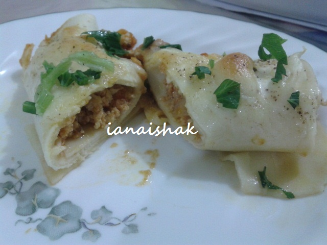 Chicken And Cheese Lasagna Roll-Ups | iana