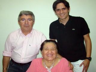 OSVALDO MARTINS O PREFEITO DE SAO JOSE DE PIRANHAS E DONA BELIZARIA DE MONTE HOREBE A MAE DE OSVALD