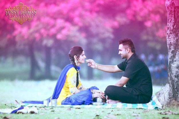 Punjabi Couples Romantic Whatsapp Dp Profile Pictures | SMS Ki Duniya ...