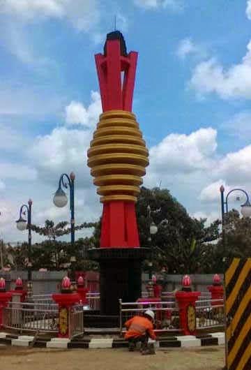 patung monumen batu bara