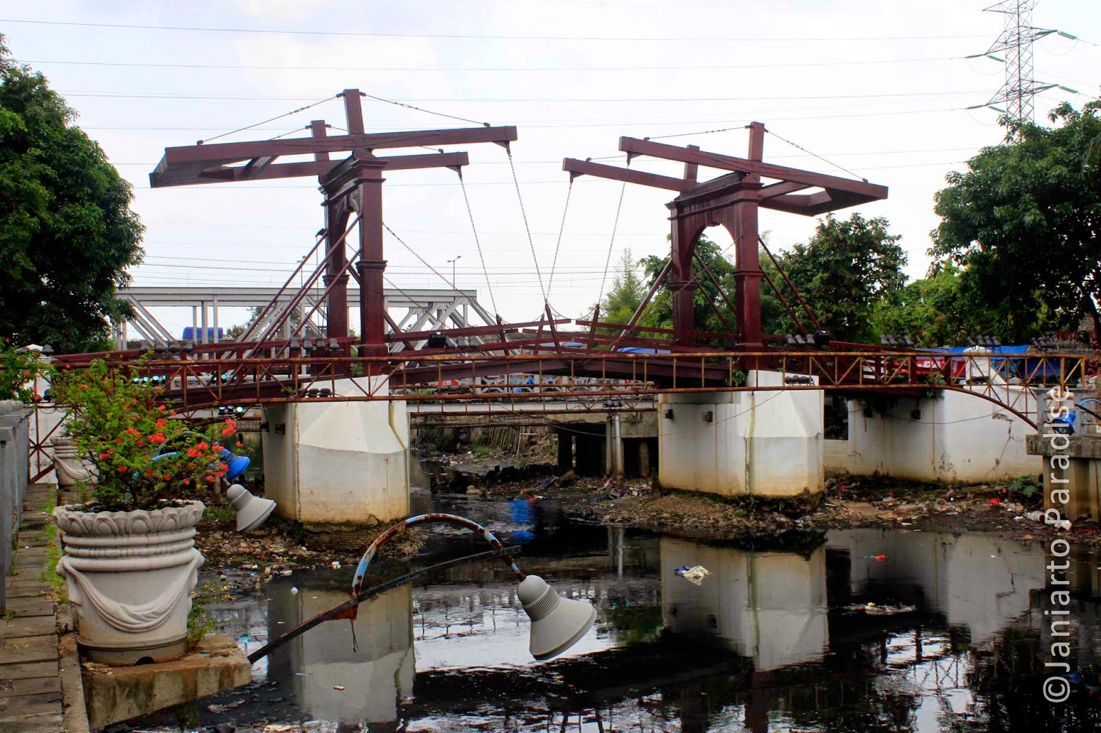 Kota Intan Bridge; Jakarta Old City; Kali Besar