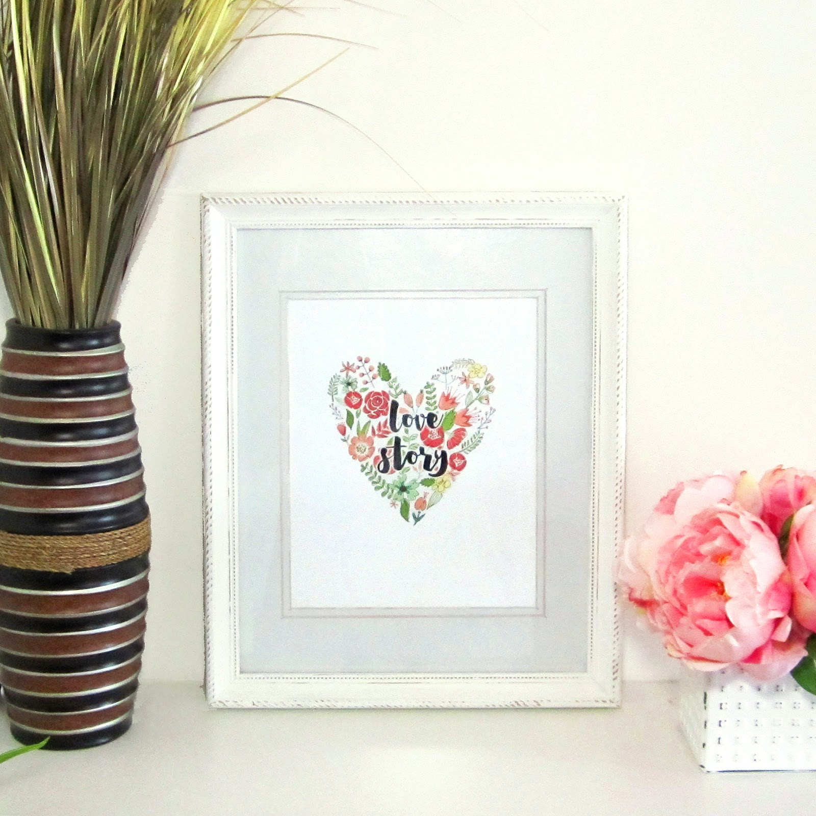 EASILY CREATE PRINTABLES FOR FRAMED WALL ART INCLUDING A FLORAL WREATH AND  MODERN CALLIGRAPHY BRUSH FONT