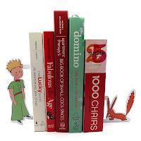aparador de livros, aparador pequeno príncipe, enfeite para estante