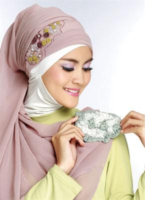 Tutorial Hijab Paris Bordir