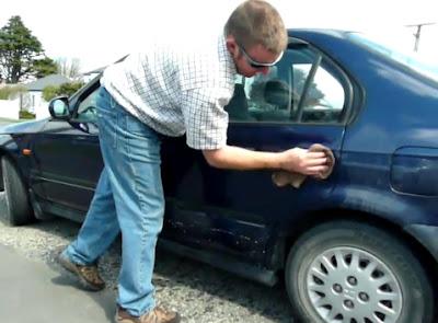 помыть машину всухую можно и самому