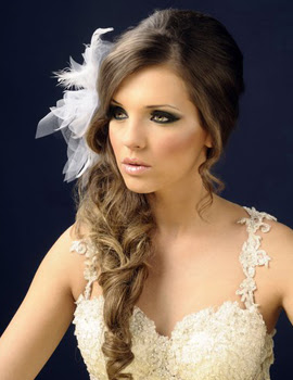Весільні зачіски 2012