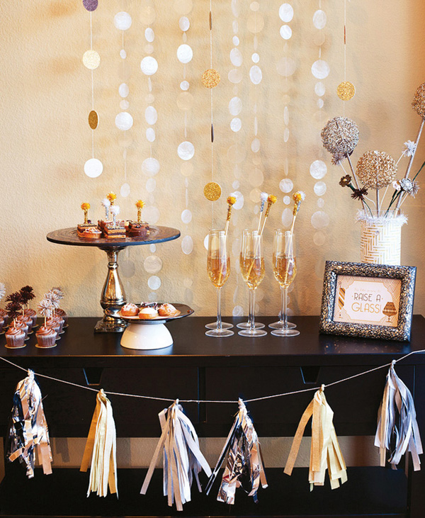 How to Throw the Perfect New Year\'s Eve House Party! - Emily May
