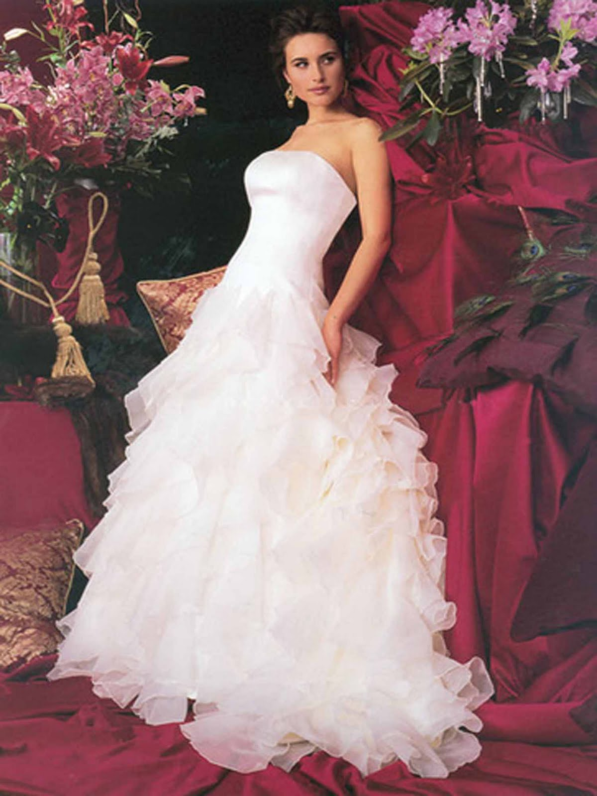 Motor modern inexpensive wedding gowns top in the world for Cheap but beautiful wedding dresses