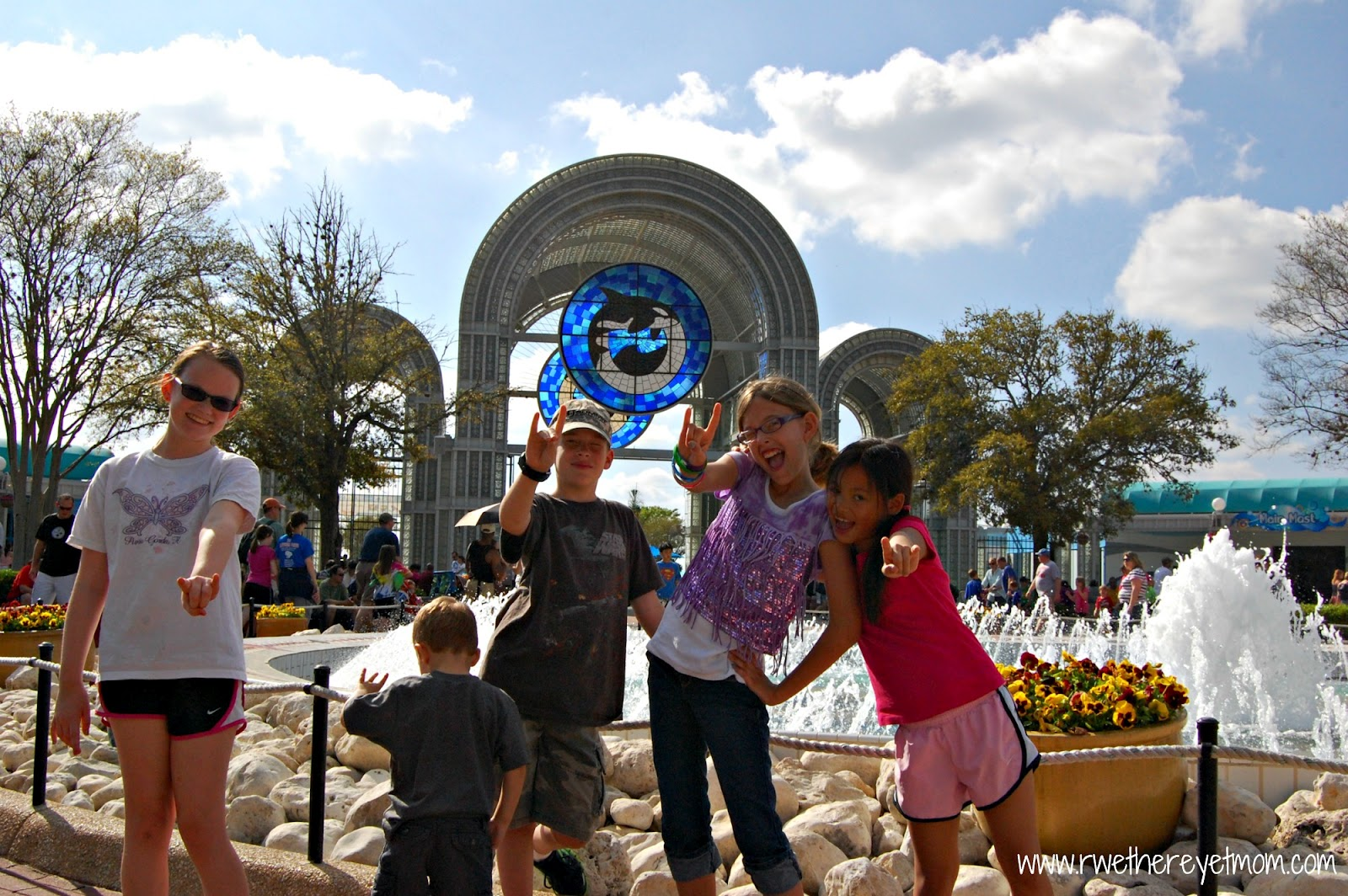 Seaworld aquatica san antonio coupons