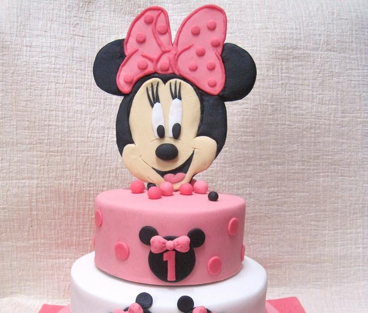 Mom And Daughter Cakes 3 Tiered Minnie Mouse Cake For 1st Birthday