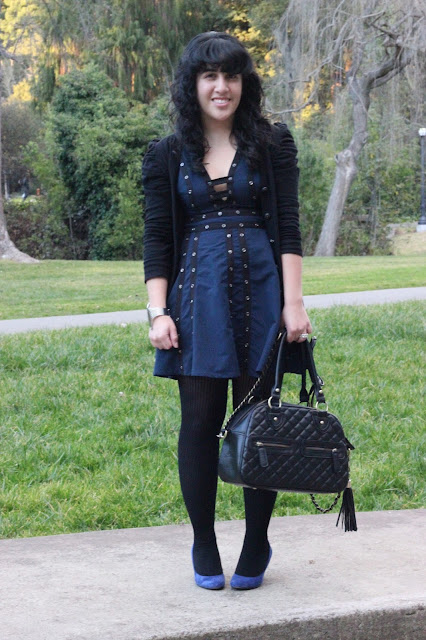 Navy and Black Winter Outfit