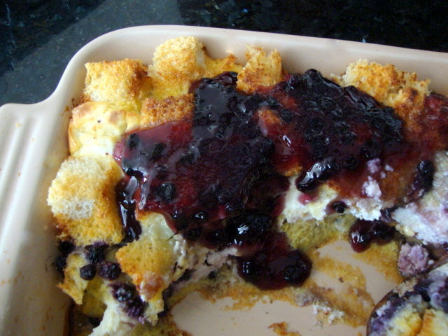 ... Daily®: Blueberry Bread Pudding with Maple Syrup and Blueberry Sauce