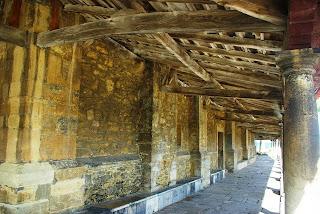 Luanco, iglesia de Santa María, cabildo