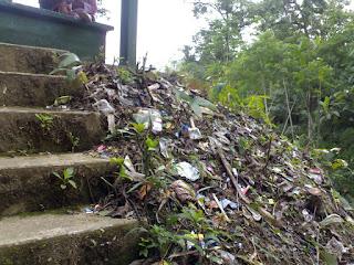 Sampah Curug Pitu