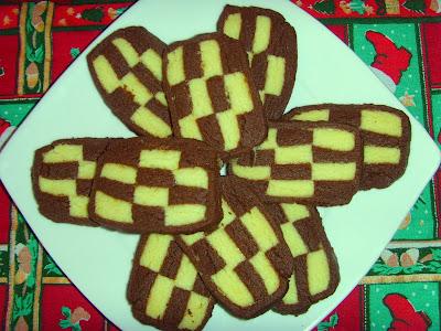 Biscuiti in doua culori